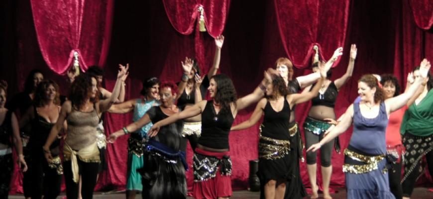 מחול מזרחי – ריקודי בטן בגדרה (מתוך כתבה בעיתון)